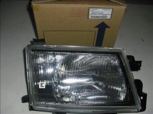Frontlykt venstre Subaru Forester 97-99
